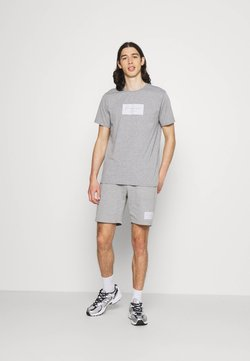 CLOSURE London - BOX LOGO TWINSET SET - T-Shirt print - grey