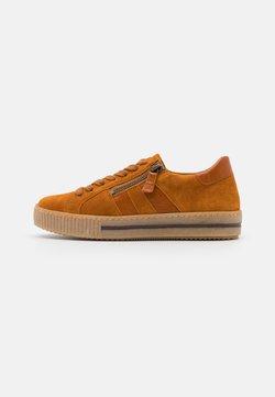 Gabor - Sneaker low - cayenne