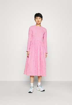 Mads Nørgaard - CRINCKLE POP DOCCA - Day dress - pink/white