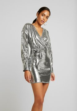 Missguided - SEQUIN PLUNGE BELTED MINI DRESS - Cocktail dress / Party dress - silver
