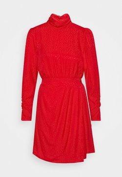 NIKKIE - SKYLIE DRESS - Kjole - kissing red