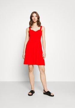 Pieces - PCANG STRAP DRESS - Vestito di maglina - high risk red