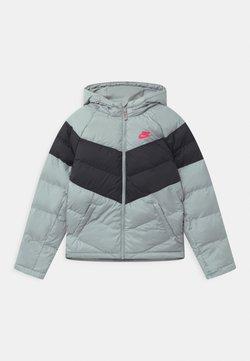Nike Sportswear - UNISEX - Talvitakki - light smoke grey/black/bright crimson