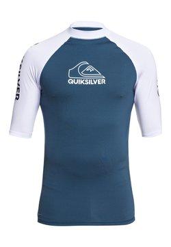 Quiksilver - QUIKSILVER™ ON TOUR - KURZÄRMLIGER RASHGUARD MIT UPF 50 FÜR MÄNN - T-shirt de surf - majolica blue