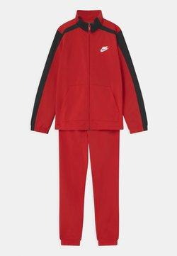 Nike Sportswear - TRACKSUIT UNISEX - Survêtement - university red/black/white