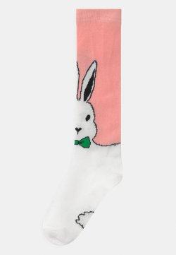 WAUW CAPOW by Bangbang Copenhagen - CARROT QUEEN UNISEX - Kniekousen - pink