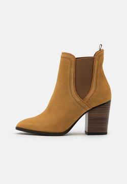 Tamaris - BOOTS  - High Heel Stiefelette - mustard