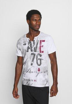 Key Largo - OUTCOME BUTTON - T-shirt print - white