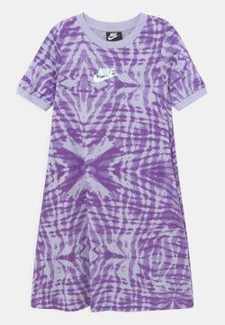 Nike Sportswear - Jerseykleid - purple chalk