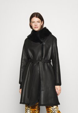 STUDIO ID - GENEVA LONG BELTED COAT  - Skinnjacka - black