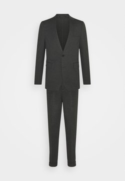 Isaac Dewhirst - Costume - grey