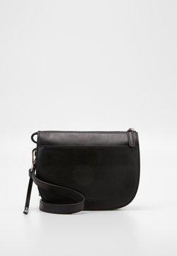 Marc O'Polo - CROSSBODY BAG - Torba na ramię - black