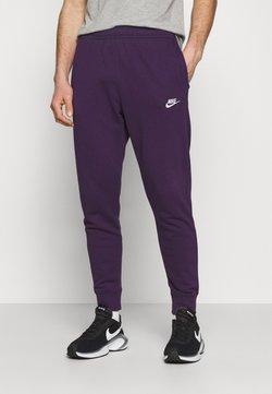 Nike Sportswear - CLUB - Jogginghose - grand purple/white