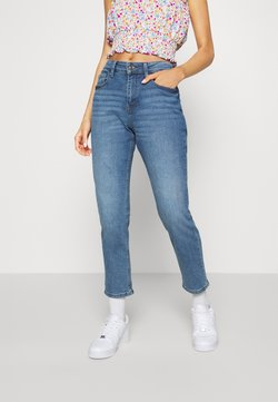 JDY - JDYNEWTYSON LIFE GIRLFRIEND - Relaxed fit jeans - light blue denim