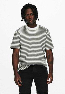 Only & Sons - GESTREIFT - T-Shirt print - star white