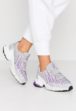 adidas Originals - EQT GAZELLE RUNNING-STYLE SHOES - Baskets basses - grey two/active purple