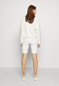 esmé studios - PAM SHORT LEGGINGS - Shorts - white