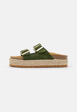 Copenhagen Shoes - FOREVER - Pantolette flach - army