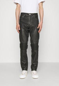 Han Kjøbenhavn - PANTS  - Pantalon en cuir - black