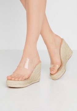 Missguided - DOUBLE STRAP CLEAR WEDGE - Mules à talons - beige