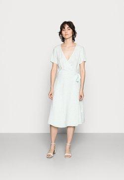 Anna Field - WRAP DRESS - Freizeitkleid - mint, white