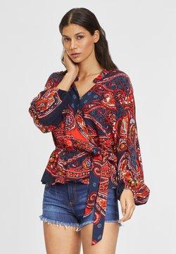 LASCANA - Bluse - blau-rot-bedruckt
