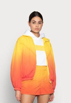 Calvin Klein Jeans - WINDBREAKER - Bombejakke - yellow