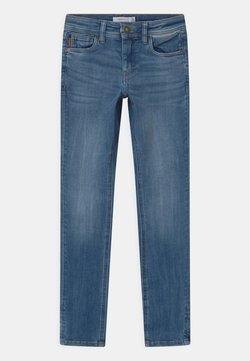 Name it - NKMTHEO  - Straight leg jeans - medium blue denim
