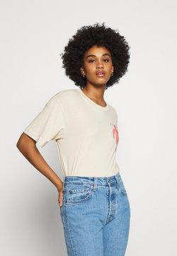 Monki - MAI TEE - T-shirt z nadrukiem - beige placement print