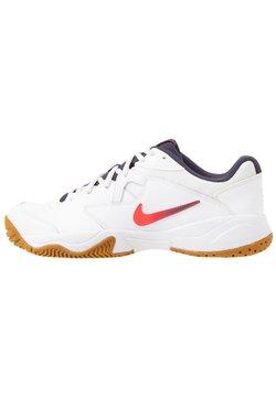 Nike Performance - COURT LITE 2 - Scarpe da tennis per tutte le superfici - white/laser crimson/gridiron/wheat
