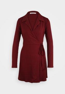 Glamorous Petite - COLLARED RIB WRAP MINI DRESS - Vestido informal - deep burgandy