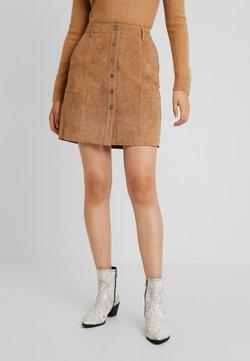 Selected Femme Tall - SLFAVI SPLIT SKIRT  - Mini skirt - tigers eye