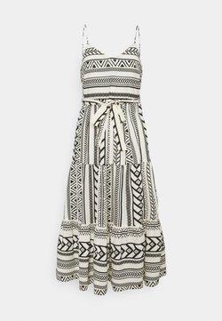 Vero Moda Petite - VMDICTHE SINGLET ANCLE DRESS VIP  - Maxikleid - birch/dicthe/black