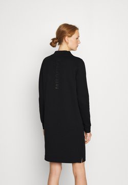 Calvin Klein - FUNNEL NECK LOGO DRESS - Etuikleid - black