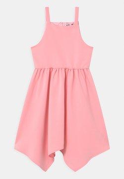 Chi Chi Girls - CINDY  - Jerseykleid - pink