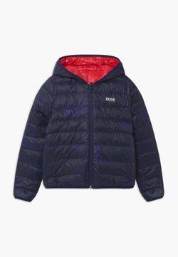 BOSS Kidswear - REVERSIBLE PUFFER - Doudoune - red/blue navy