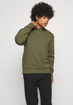 adidas Originals - BASICS CREWNECK UNISEX - Sweatshirt - olive cargo