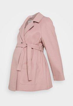 Dorothy Perkins Maternity - SHORT BELTED WRAP COAT - Abrigo de invierno - pink