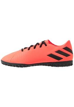 adidas Performance - NEMEZIZ 19.4 - Voetbalschoenen voor kunstgras - signal coral/core black/red