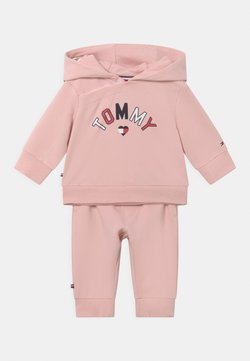 Tommy Hilfiger - BABY HOODED SET UNISEX - Chándal - pink