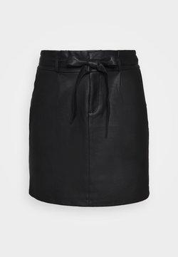 Vero Moda Curve - VMEVA PAPERBAG SHORT COATED - Minirock - black