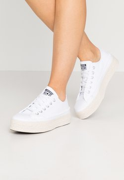 Converse - CHUCK TAYLOR ALL STAR  - Matalavartiset tennarit - white/black/natural
