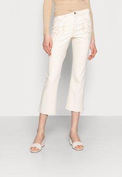 Cream - JADA JEANS - SHAPE FIT - Jeans fuselé - biscotti