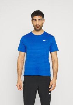 Nike Performance - MILER  - T-shirt basique - game royal/reflective silver