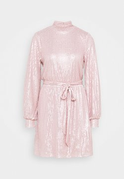 Nly by Nelly - HIGH NECK DRESS - Cocktailklänning - light pink