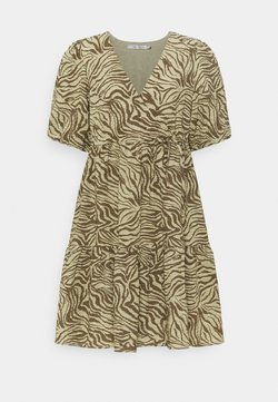 Gestuz - AVERY SHORT DRESS - Freizeitkleid - elm