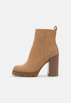 ONLY SHOES - ONLBRAVE LIFE STACKED BOOT  - Platform ankle boots - sand