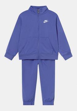 Nike Sportswear - TRICOT SET - Chándal - sapphire