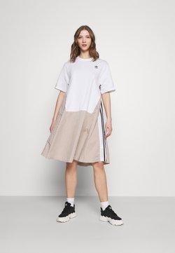 adidas Originals - Dry Clean Only xSHIRT DRESS - Jerseykleid - white