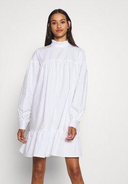 Nly by Nelly - CUTE MINI DRESS - Korte jurk - white